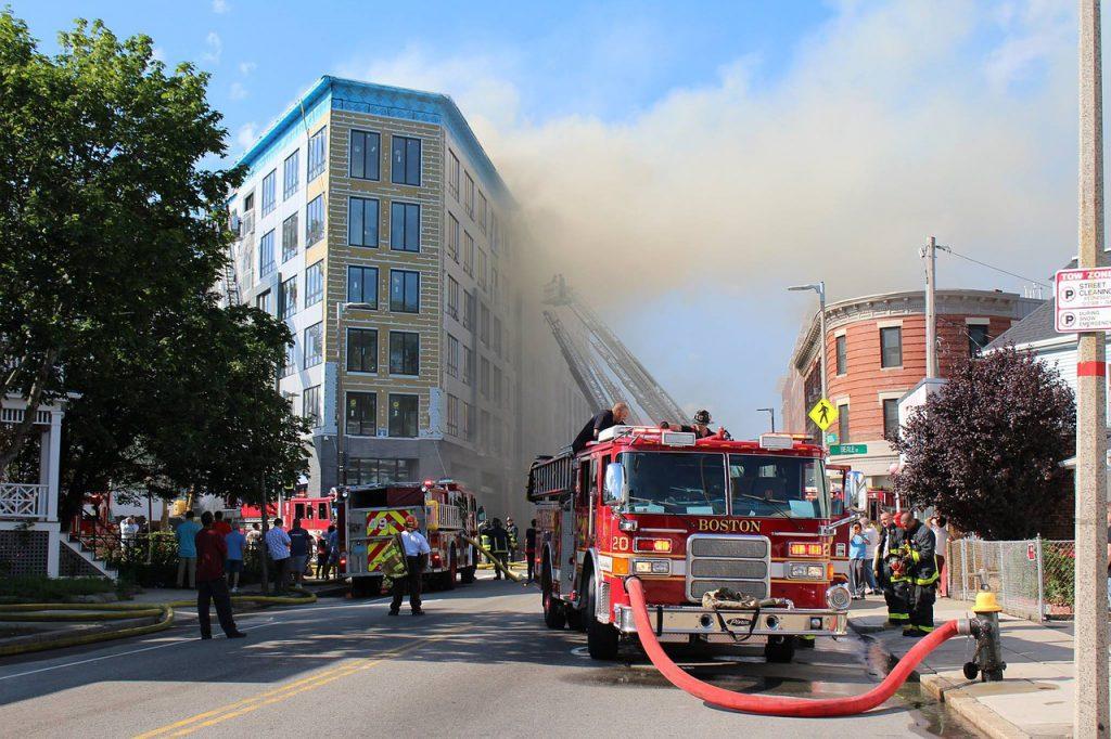 Contra incendios en comunidades