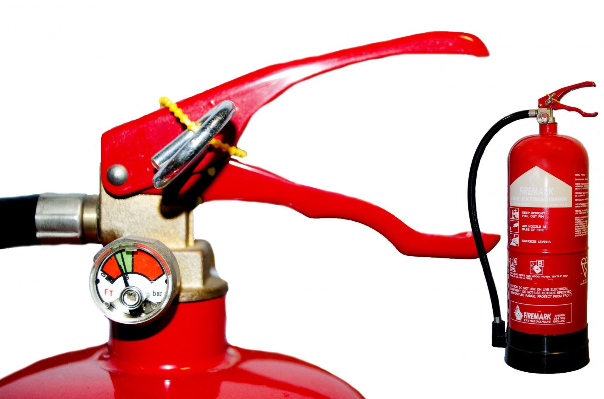 En este momento estás viendo Normativa mantenimiento de extintores portátiles